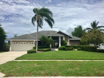 Marco Island Single Family Home For Sale: 1624 Villa Ct #8