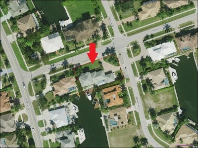 Marco Island Single Family Home For Sale: 190 Geranium Ct #2