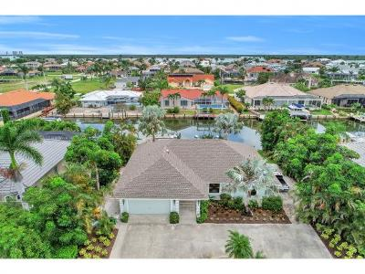 Marco Island Single Family Home For Sale: 289 N Barfield Dr #2