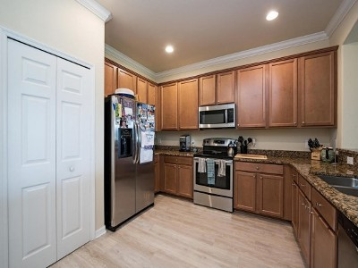 Naples Single Family Home For Sale: 14472 Grapevine Dr
