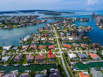 Marco Island Single Family Home For Sale: 1400 Salvadore Ct #9