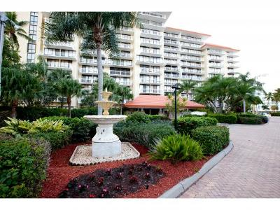 Marco Island Condo/Townhouse For Sale: 180 Seaview Ct #214