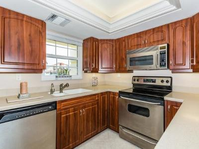 Marco Island Condo/Townhouse For Sale: 1011 Swallow Ave #409