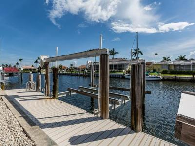 Marco Island Single Family Home For Sale: 813 N Barfield Dr #1