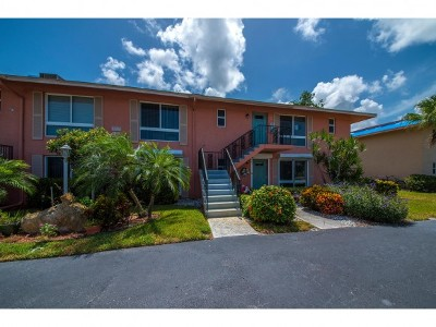 Naples FL Condo/Townhouse For Sale: $138,000