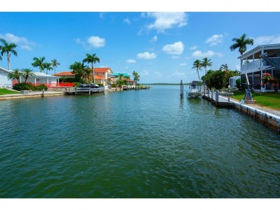 Marco Island Single Family Home For Sale: 1240 Laurel Ct #4