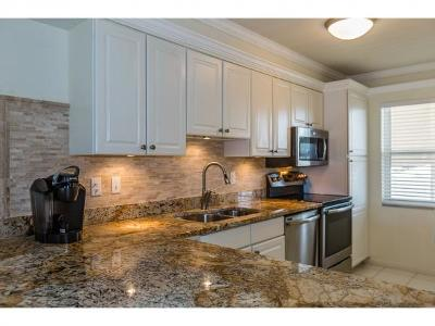 Marco Island Condo/Townhouse For Sale: 411 S Collier Blvd #202