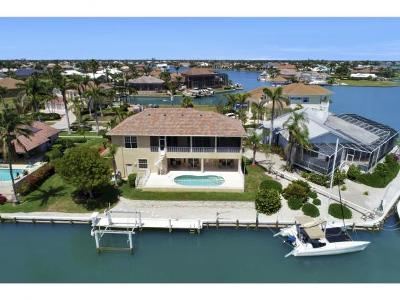 Marco Island Single Family Home For Sale: 1280 Stone Ct.