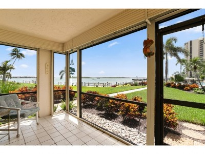 Marco Island Condo/Townhouse For Sale: 991 Collier Ct #109