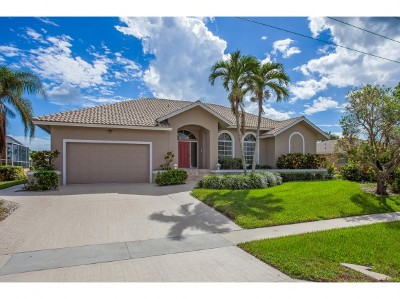 Marco Island Single Family Home For Sale: 569 Seagrape Dr #10