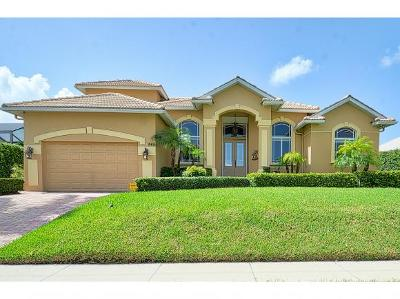 Marco Island Single Family Home For Sale: 845 Elm Ct #11