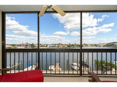 South Seas Condo/Townhouse For Sale: 591 Seaview Ct #A-406