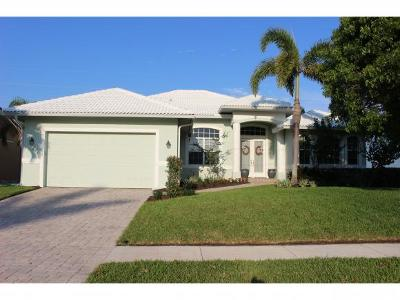 Marco Island Single Family Home For Sale: 275 S Heathwood Dr #7