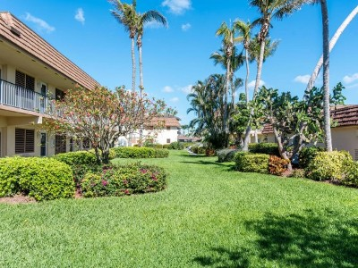 Marco Island Condo/Townhouse For Sale: 240 N Collier Blvd #5
