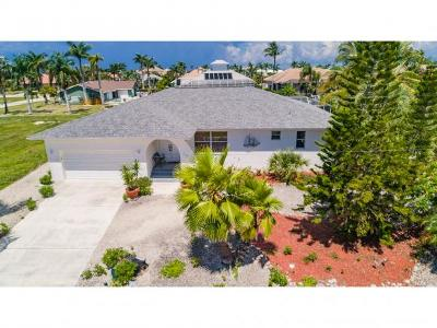 Marco Island Single Family Home For Sale: 287 Grapewood Ct #2