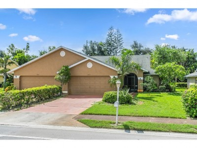 Lely Country Club Tanglewood 1 Single Family Home For Sale: 422 Saint Andrews Blvd