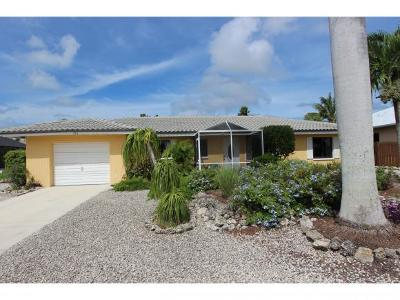 Marco Island Single Family Home For Sale: 370 Hazelcrest St #370
