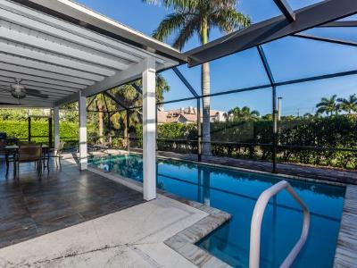 Marco Island Single Family Home For Sale: 632 Seagrape Dr #10
