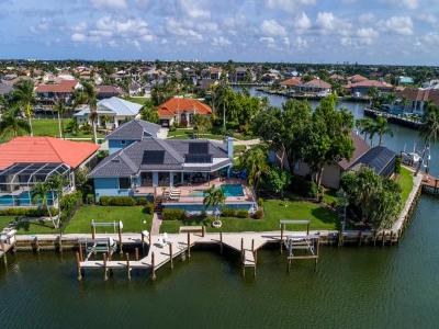 Marco Island Single Family Home For Sale: 1241 Spanish Ct #7