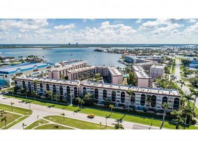 Marco Island Condo/Townhouse For Sale: 1024 Anglers Cv #410