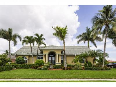 Marco Island Single Family Home For Sale: 337 Grapewood Ct #2