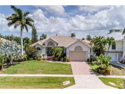 Marco Island Single Family Home For Sale: 1124 Breakwater Ct #7