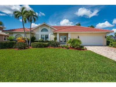 Marco Island Single Family Home For Sale: 1659 Rainbow Ct #8