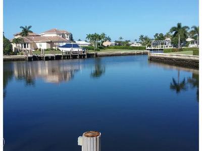 Marco Island Single Family Home For Sale: 70 Peach #5