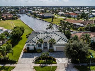 Marco Island Single Family Home For Sale: 485 N Collier Blvd #6