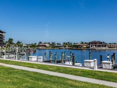 Marco Island Condo/Townhouse For Sale: 601 Seaview Ct #C112