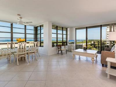 Marco Island Condo/Townhouse For Sale: 260 Seaview Ct #612