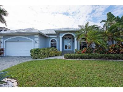 Marco Island Single Family Home For Sale: 1057 Bonita Ct #6