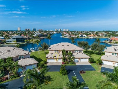 Marco Island Condo/Townhouse For Sale: 210 Waterway Ct #201