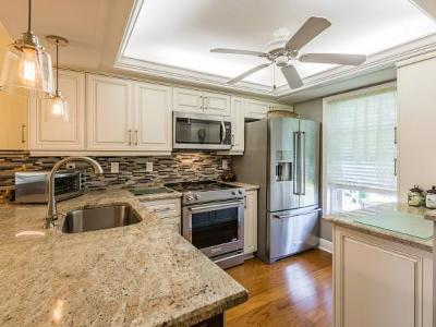Marco Island Condo/Townhouse For Sale: 840 Elkhorn Ct #113