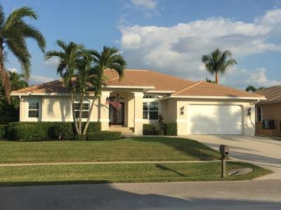 Marco Island Single Family Home For Sale: 131 Bonita Ct #131