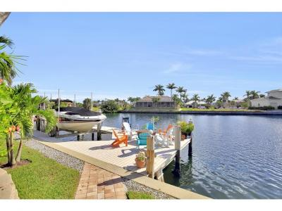 Marco Island Single Family Home For Sale: 439 N Collier Blvd #6