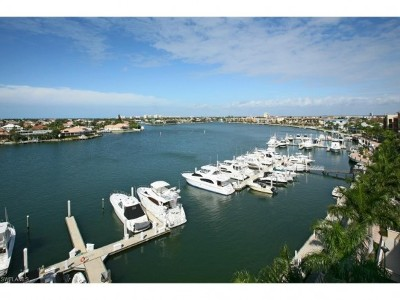 Marco Island Single Family Home For Sale: 750 N Collier Blvd #111