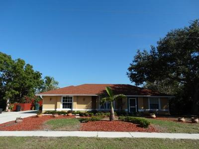 Marco Island Single Family Home For Sale: 2054 Sheffield Ave #5