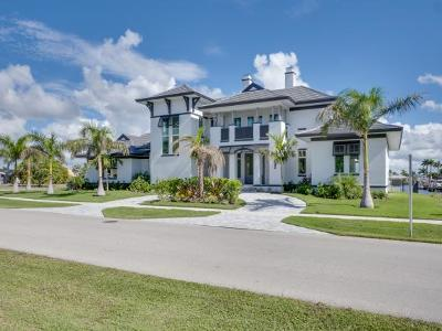 Marco Island Single Family Home For Sale: 1061 Dana Ct #7