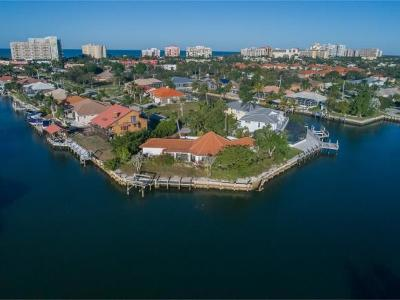 Marco Island Single Family Home For Sale: 539 Seagrape Dr #1