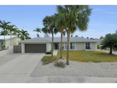 Marco Island Single Family Home For Sale: 449 Worthington St #8