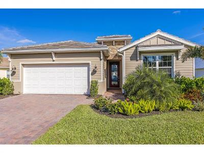 Naples Single Family Home For Sale: 14584 Topsail Dr