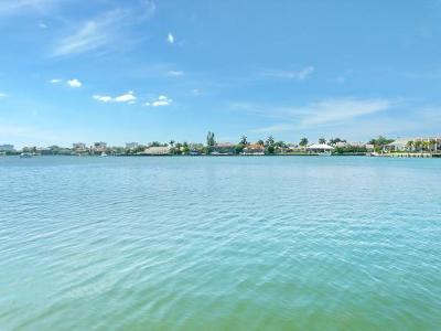 Marco Island Condo/Townhouse For Sale: 838 W Elkcam Cir #101