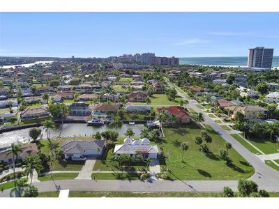 Marco Island Single Family Home For Sale: 805 Saturn Ct #6
