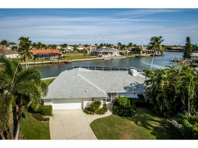 Marco Island Single Family Home For Sale: 1899 Woodbine Ct #2
