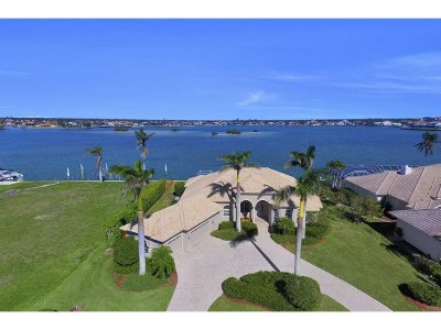 Marco Island Single Family Home For Sale: 1630 Copeland Dr #13