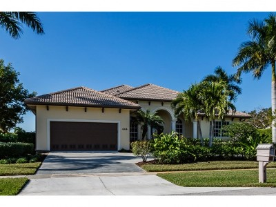 Marco Island Single Family Home For Sale: 444 Nassau Ct #3