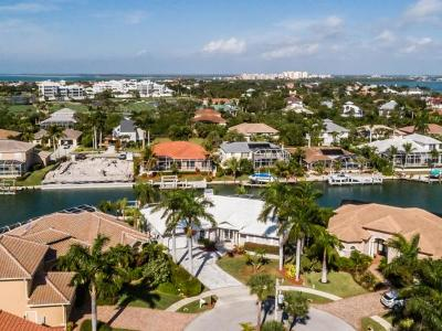 Marco Island Single Family Home For Sale: 335 Cottage Ct #12