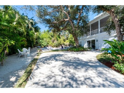 Marco Island Single Family Home For Sale: 1846 Granada Dr #5