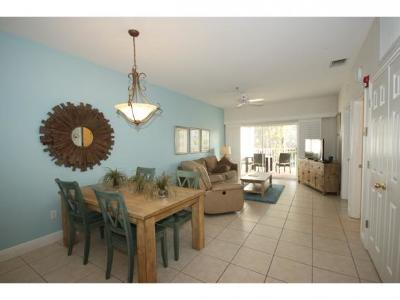 Marco Island Condo/Townhouse For Sale: 140 Palm St #213